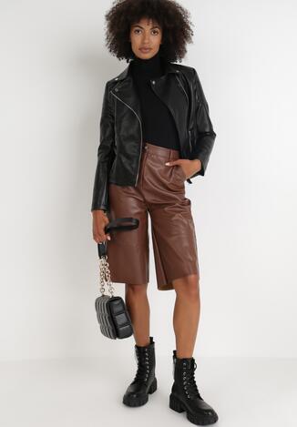 Pantaloni scurți Maro
