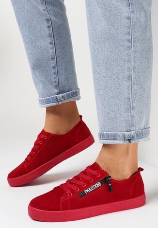 Teniși înalți Roșii