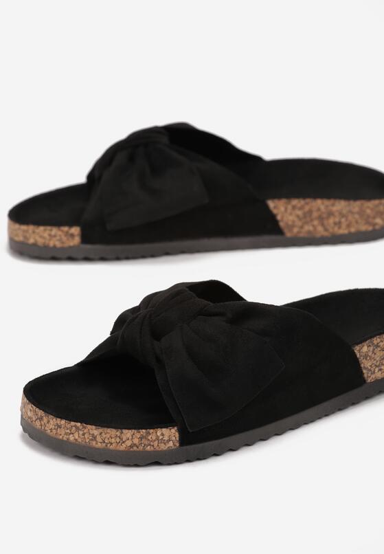 Papuci Negri