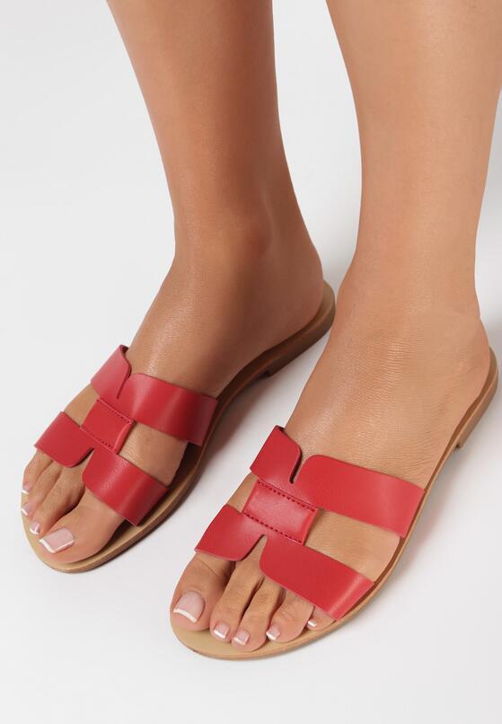 Papuci Roșii
