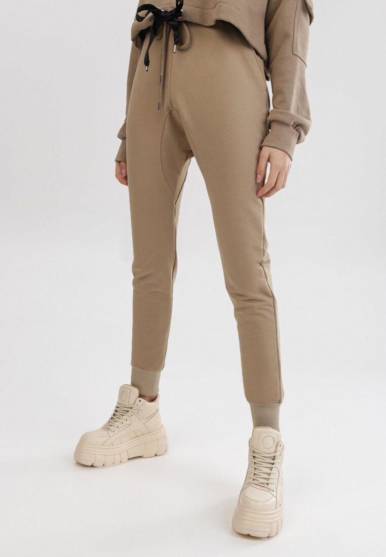 Pantaloni Bej deschis