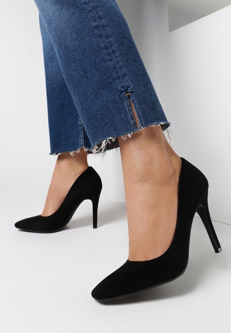Pantofi cu toc Negri