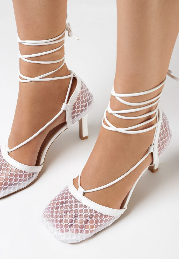 Pantofi cu toc Albi