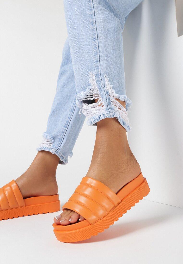 Papuci Portocalii