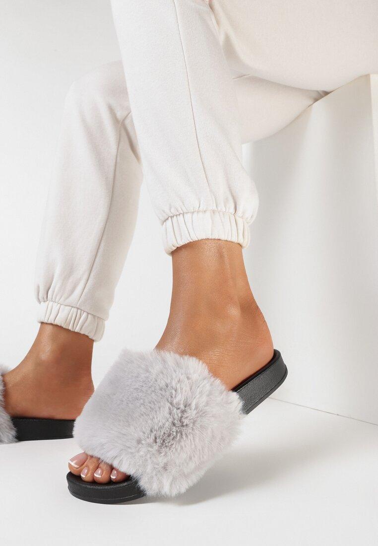 Papuci Gri deschis