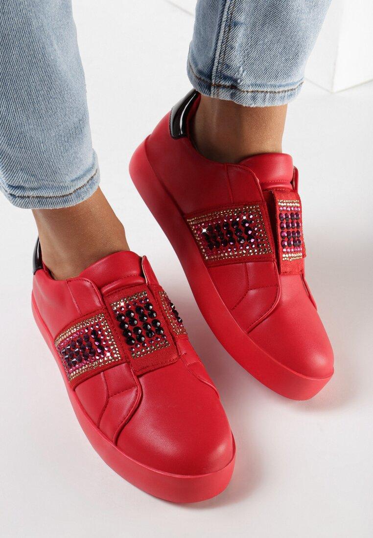 Pantofi cu talpa groasă Roșii
