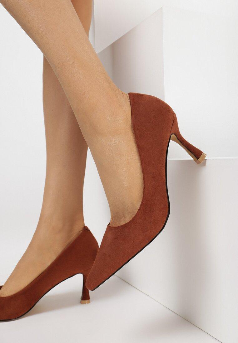 Pantofi cu toc Maro